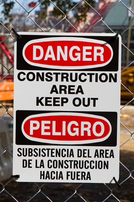 Bilingual signs in Spanish and English
