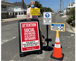 Social Distancing Signs for Outside