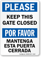 Keep This Gate Closed Bilingual Sign