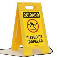 Cuidado Riesgo De Tropezar, Spanish Standing Floor Sign