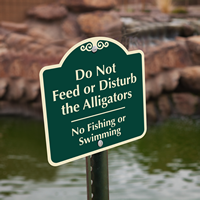 Do Not Feed Or Disturb Alligators Signs