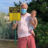 Do not spray here sign