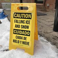 Caida de hielo y nieve falling ice and snow sign
